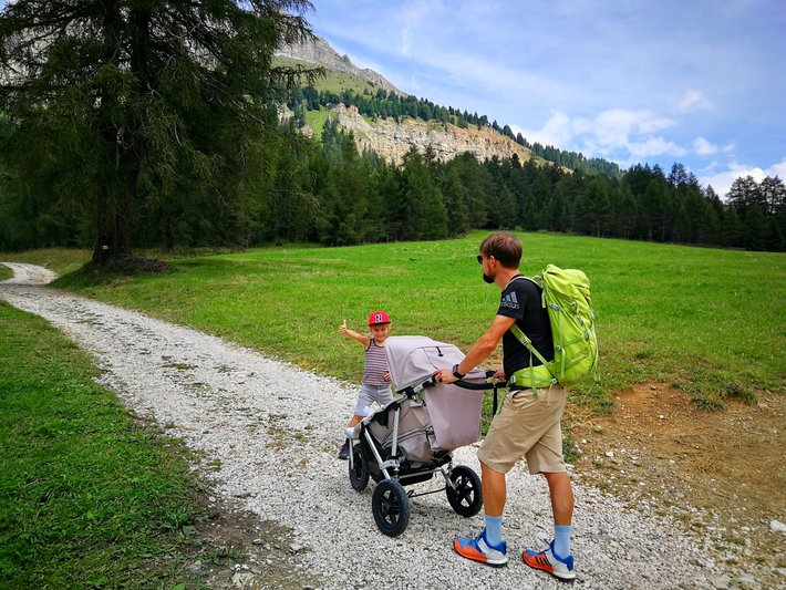 Hiking trail for all familymembers in Carezza