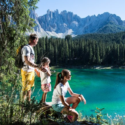 Family-hike around the Lake Carezza